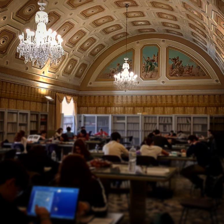 Foto della sala biblioteca